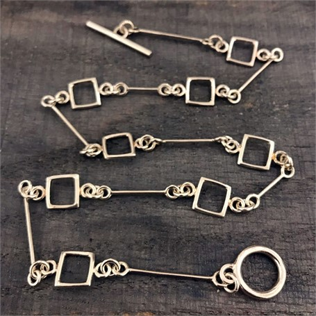 Sterling Silver Necklace: Small Link Chain with 8 Square