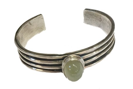 Barcelet - Sterling Silver Overlay Cuff With Aventurine Cabouchon - RW210