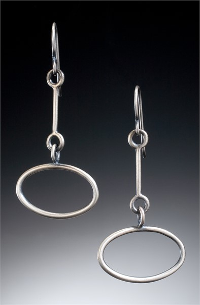 Earring: small link with oval drop sterling silver