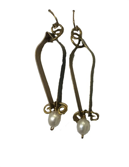 Earring - Design With Pearl