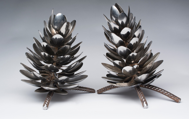 Stand Up Spoon Pine Cone on Base
