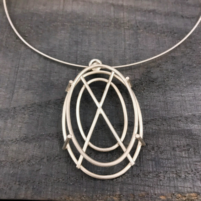 Sterling Silver Necklace: Small Oval Structure in Silver