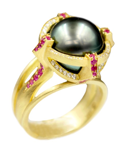 Robin Waynee- Fine Jewelry- Form and Concept- Santa Fe New Mexico