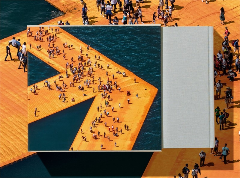 Christo Book Floating Piers at form and concept