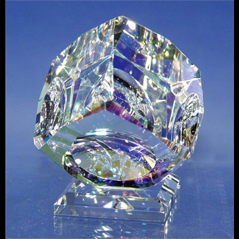 """Crystal Cube 100mm(4"""") """"V"""" Bevel on Base-S"""