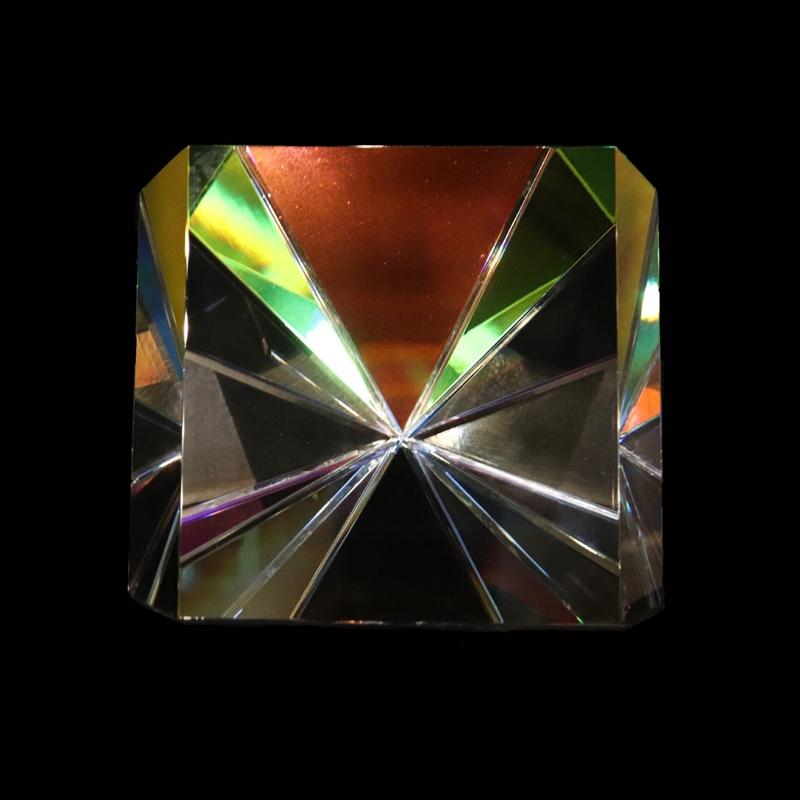 """Crystal Starburst Three Faced 6"""""""