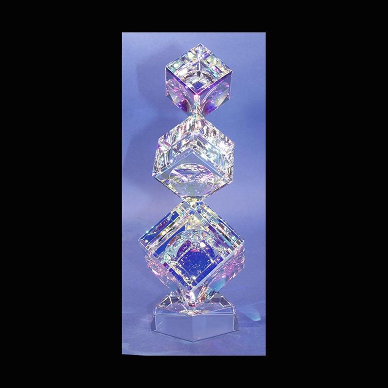 "Crystal Cubes Tumbling (3) 100/120/145mm( 4""4 3/4""5 3/4"") on Base"