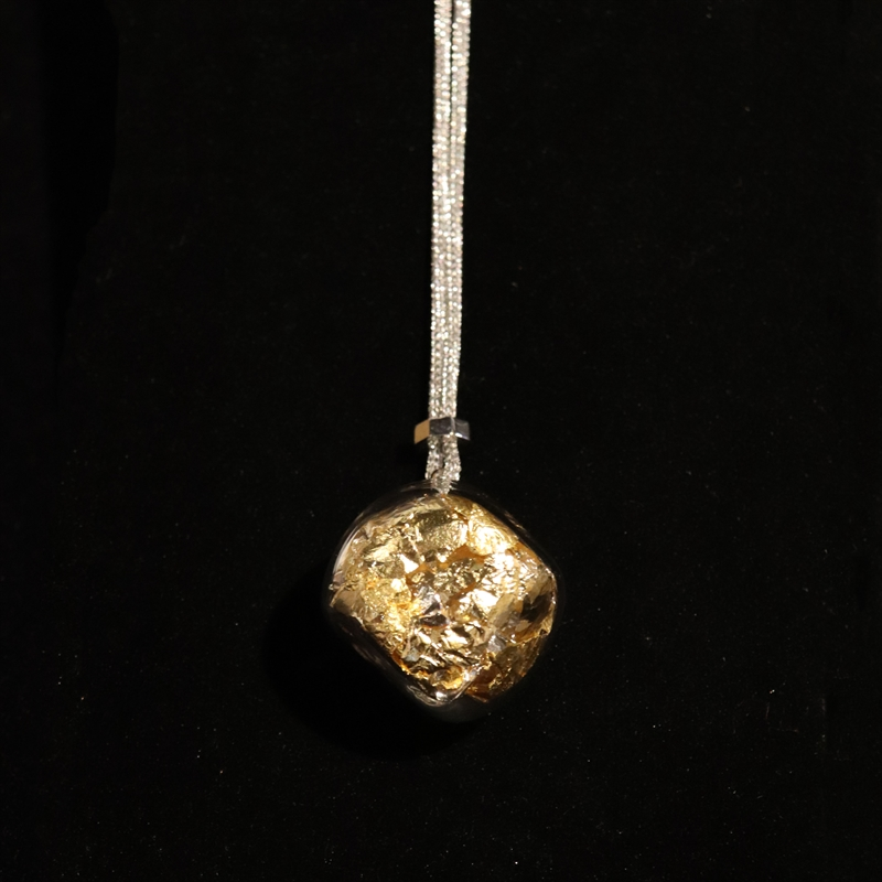AIR 47 NECKLACE SILVER WITH GOLD AND SILVER LEAF