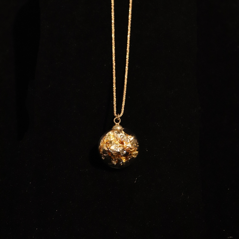 AIR 02 ANF NECK GOLD WITH GOLD LEAF