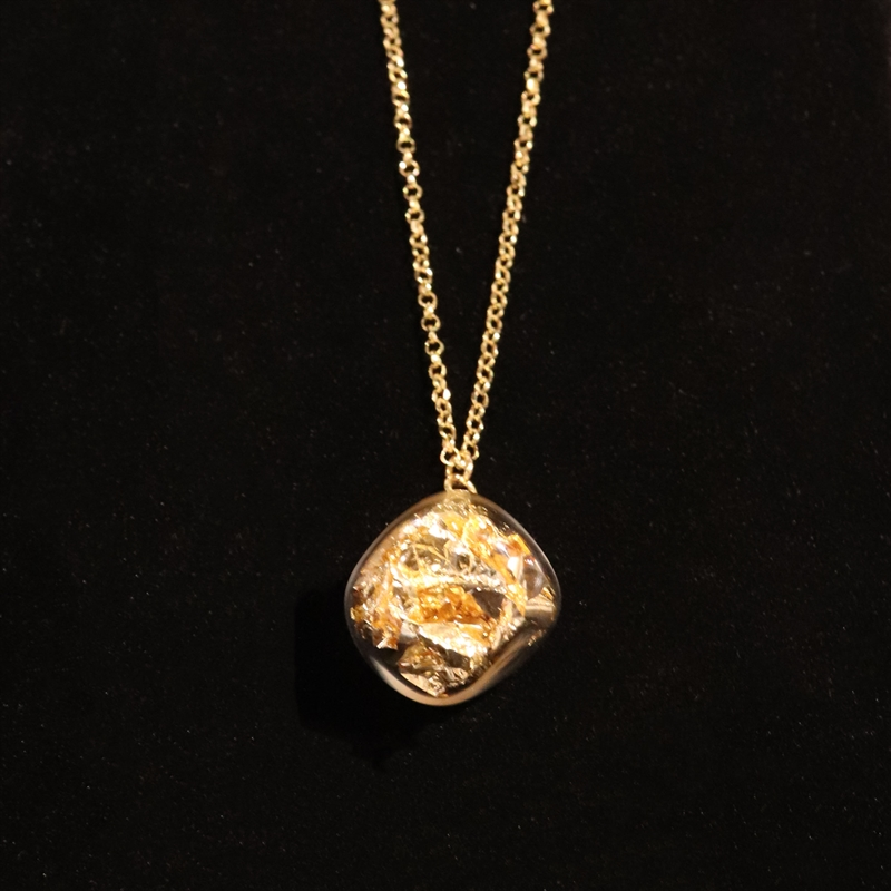 AIR 02 - ANF NECKLACE GOLD WITH GOLD LEAF