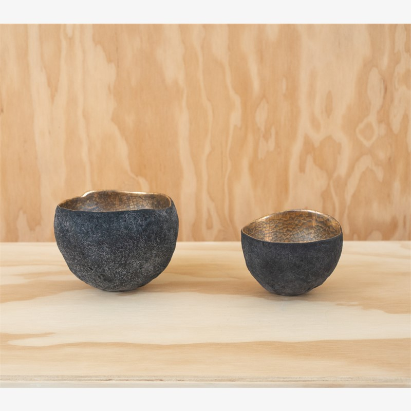 Bowls with platinum and gold, 2019