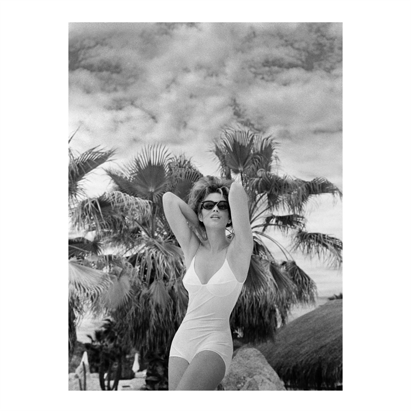 Cindy Crawford (St Barth) (1/25), 1984