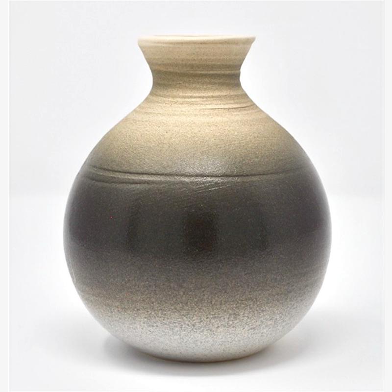 Vase 11, 2019