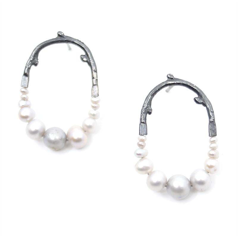 Mini Pearl Maxima Earrings, 2019