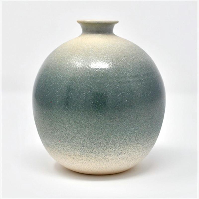 Vase 2, 2019