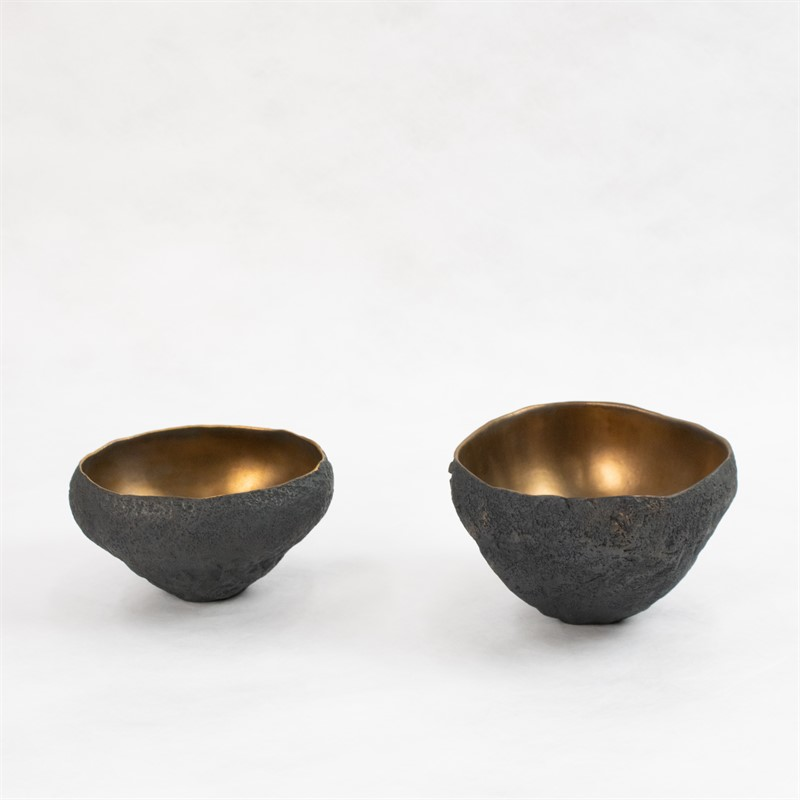 Small vessels with bronze, 2019