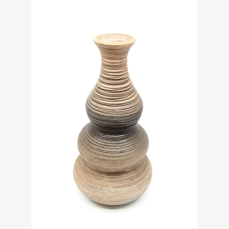 Brown/White Gradient Vase I, 2019