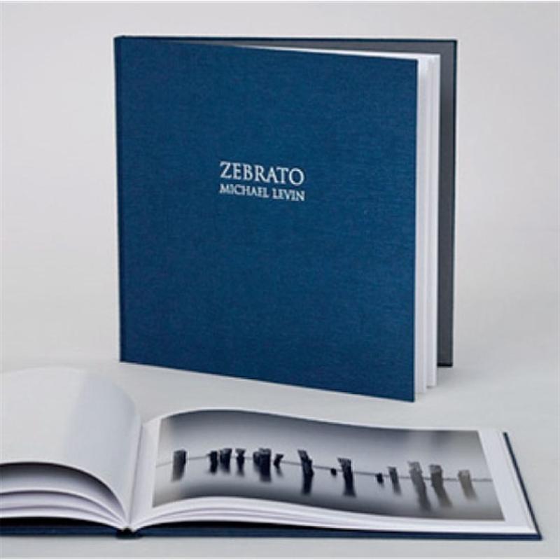 Zebrato - Deluxe Edition Book (11/75)