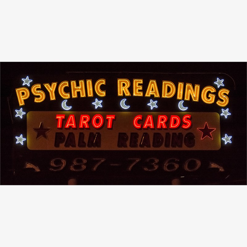 Psychic Readers (1/9), 2017