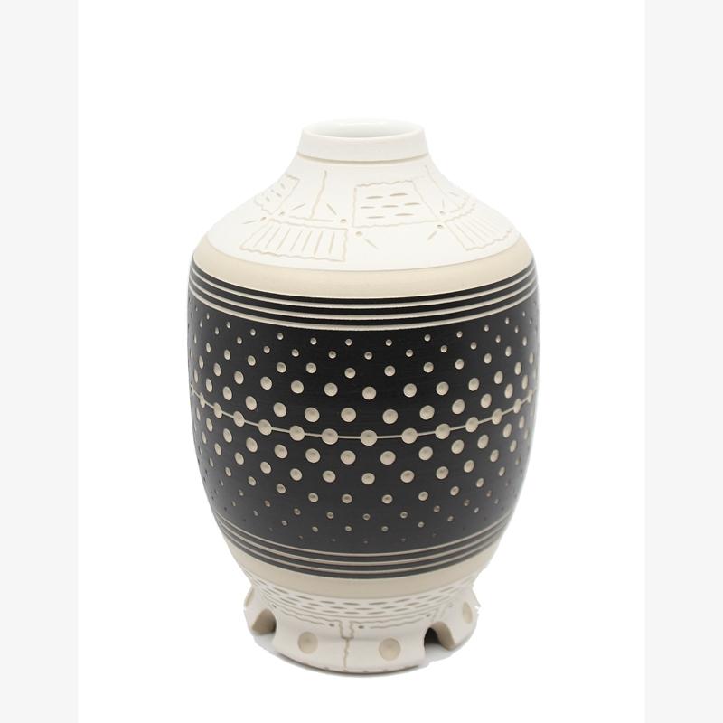 Black & White Vase, 2019