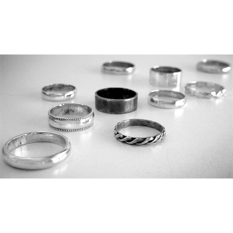 SMALL STERLING SILVER RINGS, 2018