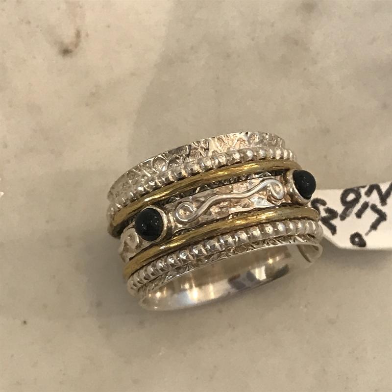 ring #917, 2019