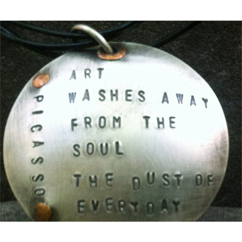 Art washes the soul pendant, 2019