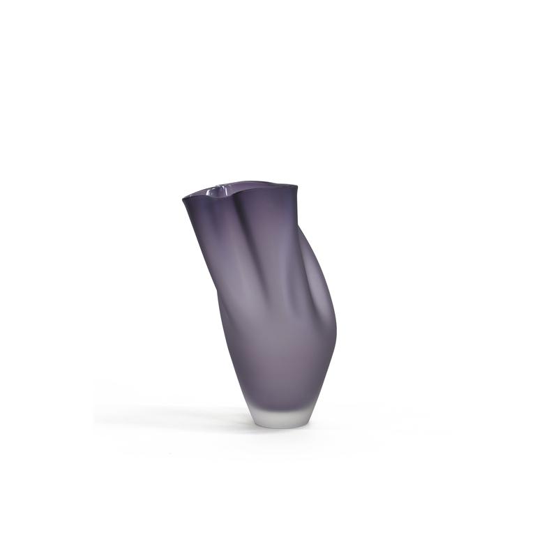 Dark Violet Ovelle, 2018