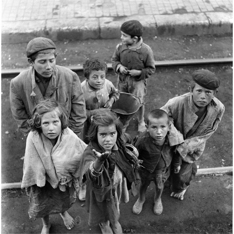 No. 138 Begging Children, Spain, 1951