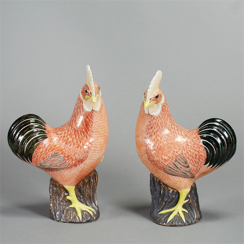 PAIR OF CHINESE EXPORT PORCELAIN ROOSTERS, Chinese, 19th century