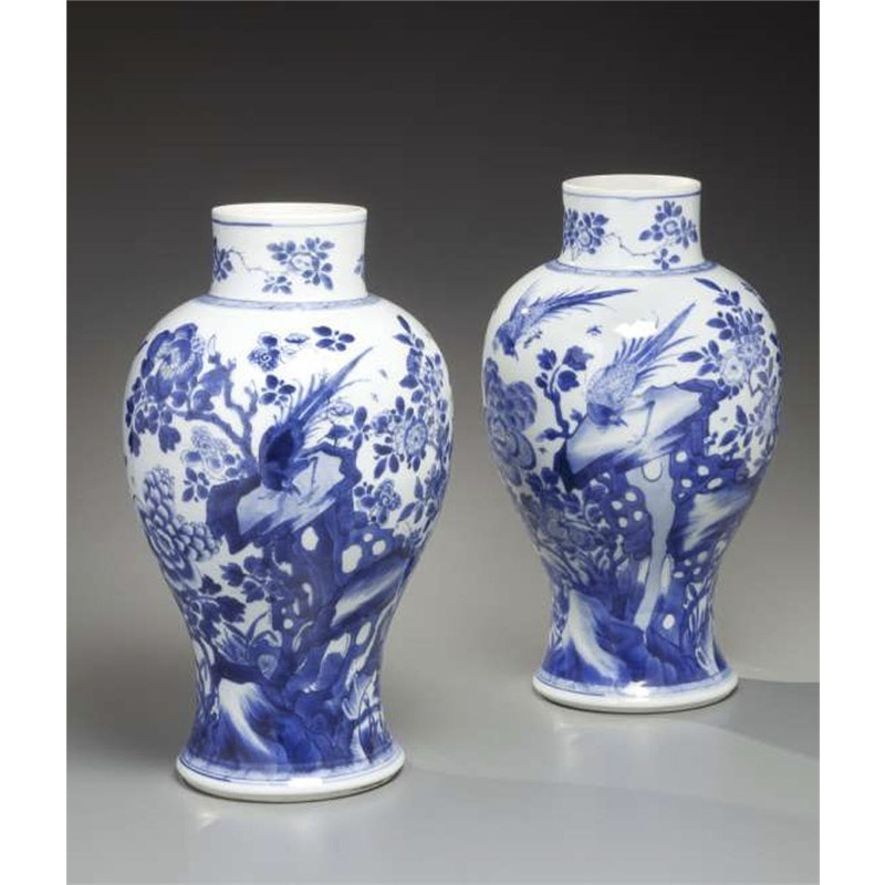 PAIR OF BLUE AND WHITE PORCELAIN BALUSTER FORM VASES, Qing Dynasty, Kangxi Period