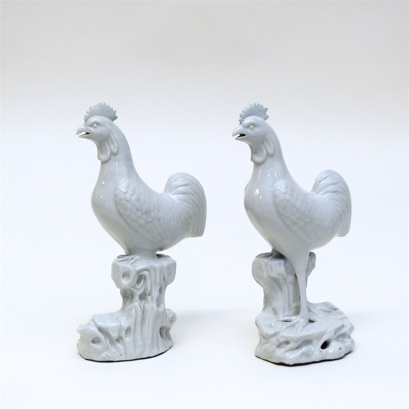 PAIR OF BLANC DE CHINE PORCELAIN FIGURE OF ROOSTERS, Chinese, 18th century