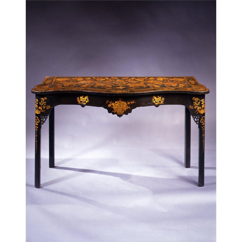 IRISH JAPANNED SERPENTINE-SHAPED CONSOLE TABLE, Irish, circa 1760