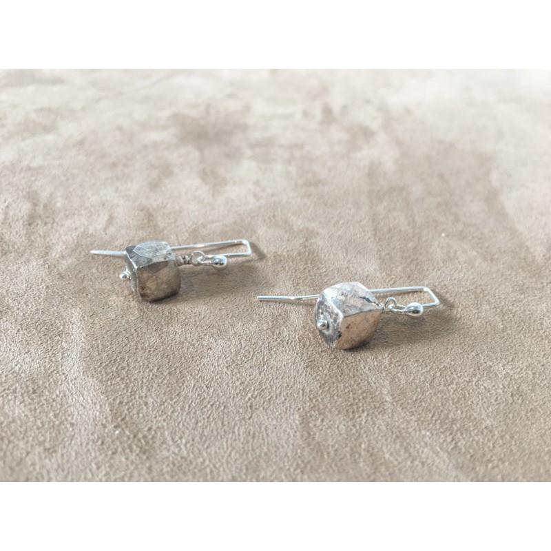 8390 Earrings