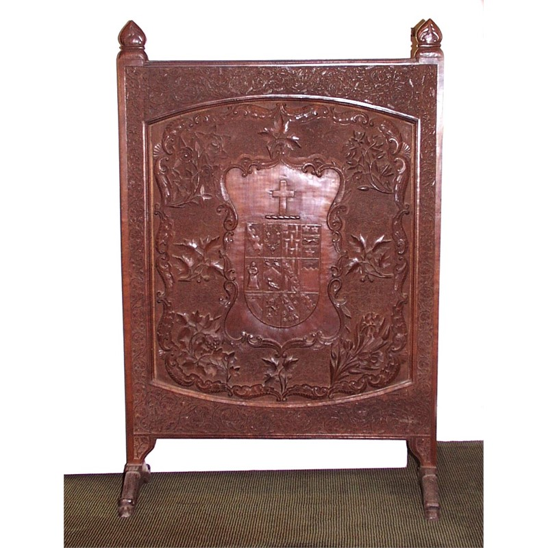 ANGLO-INDIAN CARVED TEAK ARMORIAL FIRE SCREEN, Anglo-Indian, late 19th century