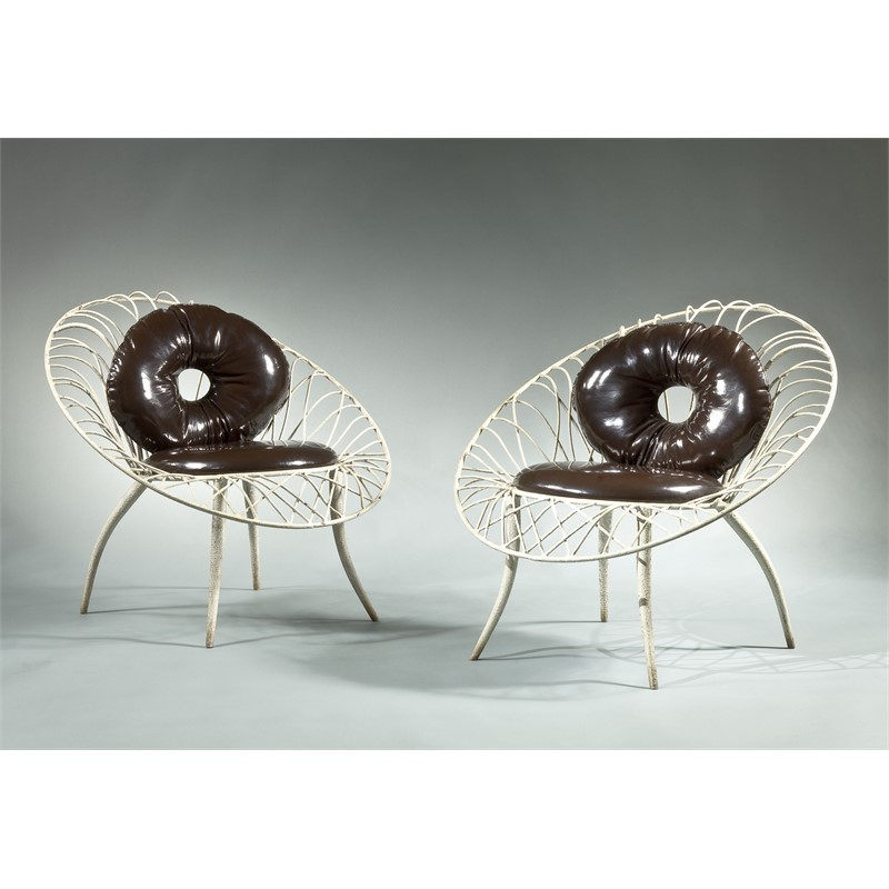 PAIRE DE FAUTEUILS EN METAL LAQUE BLANC, French, circa 1960