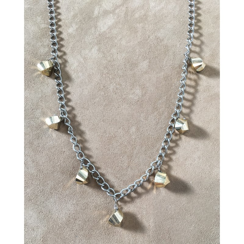 8400 Necklace