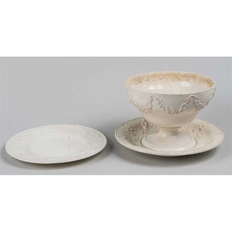 SET OF TWO CREAMWARE DISHES AND A COMPOTE, English, 19th century