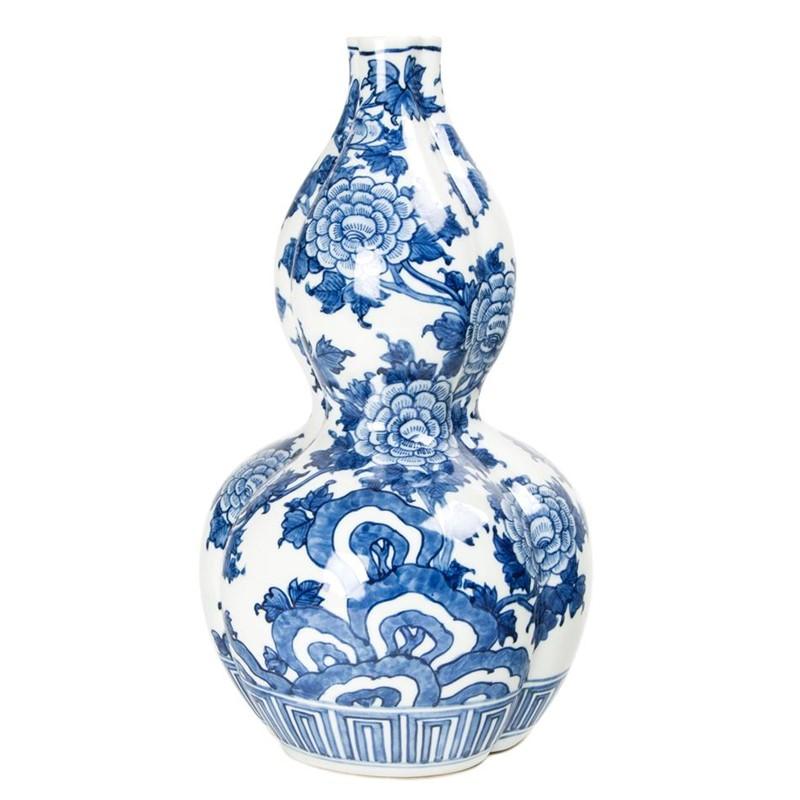 JAPANESE BLUE AND WHITE PORCELAIN DOUBLE GOURD-FORM VASE