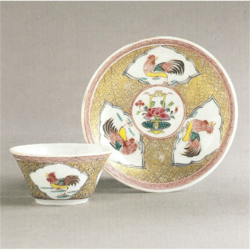 CHINESE EXPORT FAMILLE-ROSE EGGSHELL TEA BOWL AND SAUCER, Chinese, Qing Dynasty, circa 1735