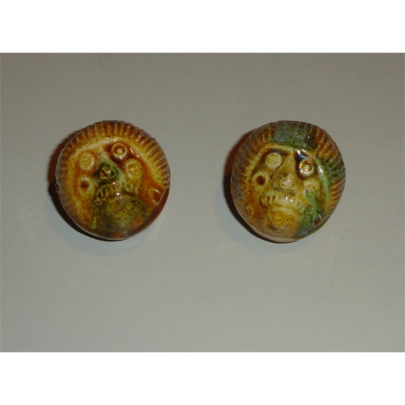 PAIR OF GLAZED POTTERY FIGURALWHISTLES, Tang/Liao dynasty, 10th century