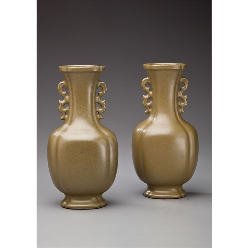 PAIR OF TEADUST-GLAZED HU FORM VASES, Qing Dynasty, 19th century