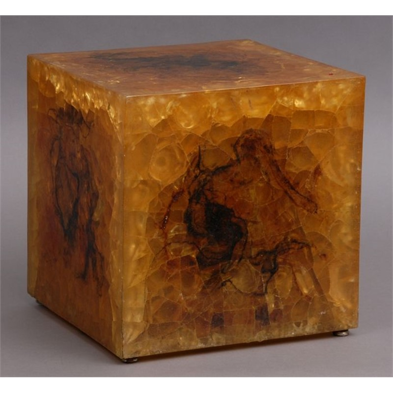 AMBER ACRYLIC CUBE-FORM LAMP