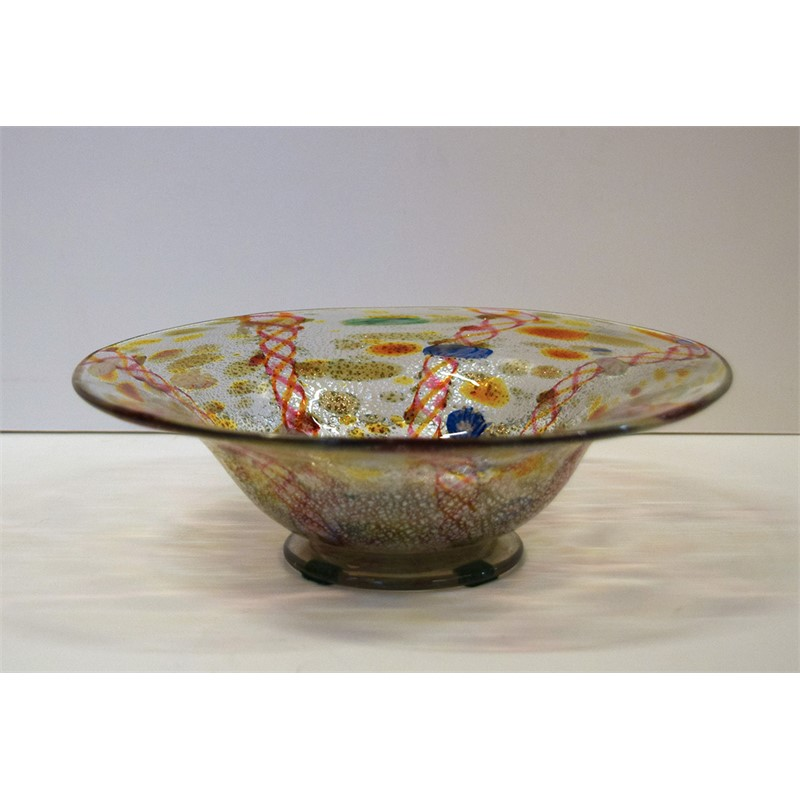 A MULTI-COLORED VENETIAN GLASS BOWL