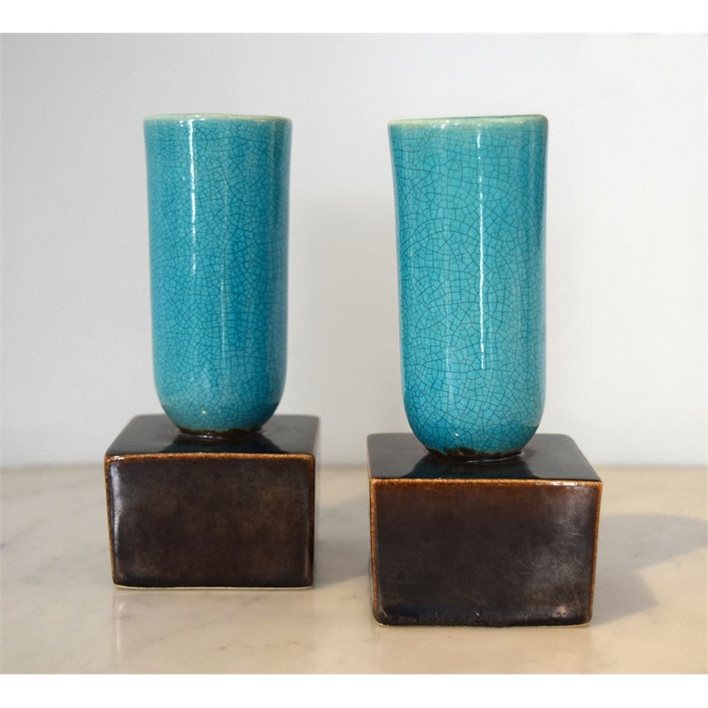 PAIR OF TURQUOISE AND AUBERGINE GLAZED AMERICAN POTTERY CANDLESTICKS, 20th century