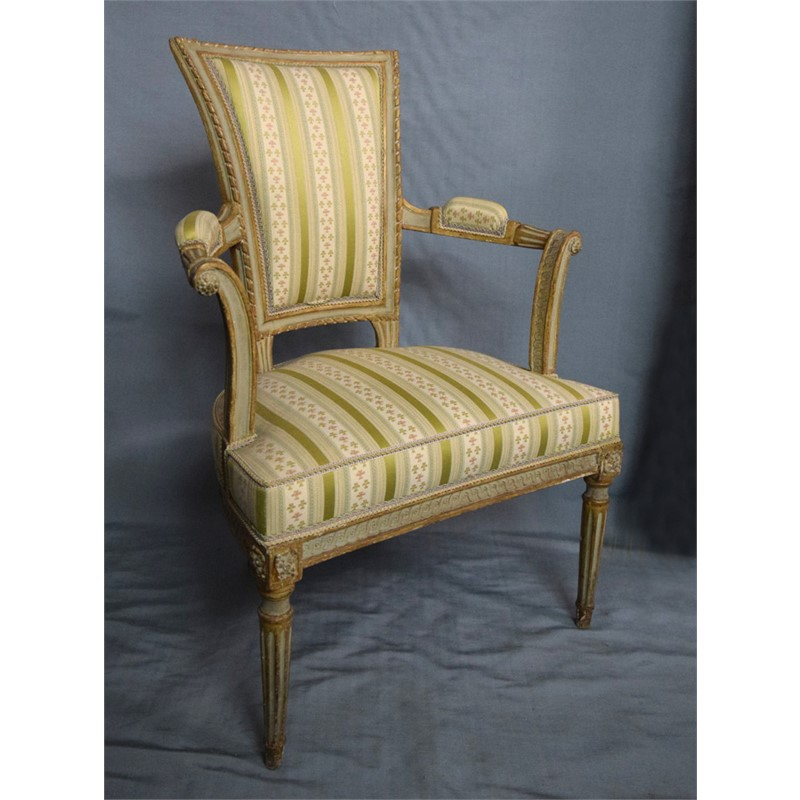 PAIR OF SMALL ITALIAN LOUIS XVI PAINTED FAUTEUILS, Piedmont, circa 1780