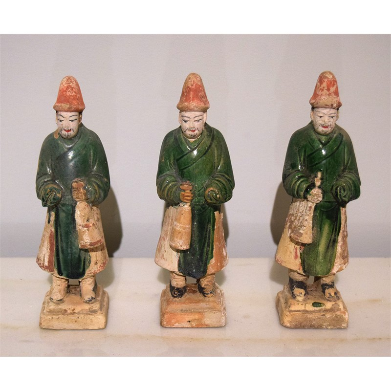 SET OF 3 GREEN-GLAZED POTTERY MUSICIANS, Ming Dynasty (1368-1644)