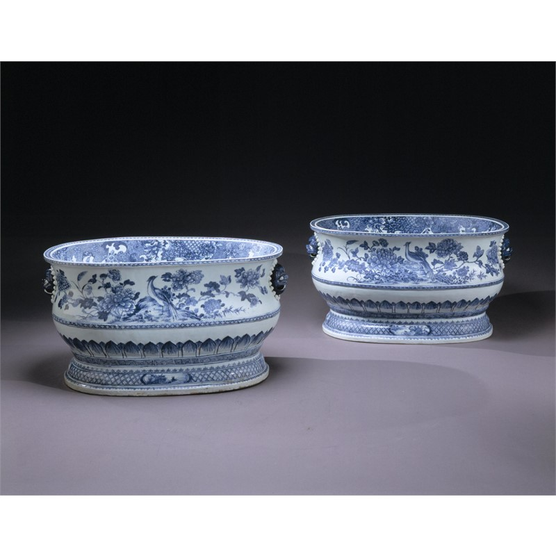 PAIR OF LARGE BLUE AND WHITE CISTERNS, Chinese, Qianlong period, circa 1750