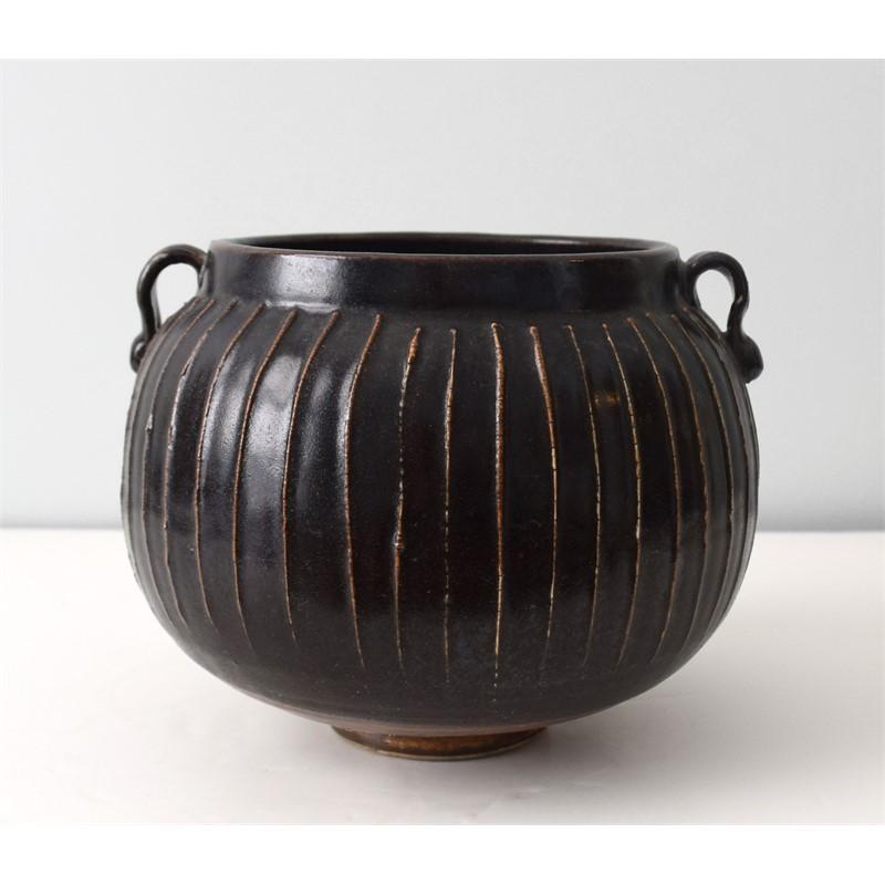 HENAN BROWN GLAZED JAR, Chinese, Qing Dynasty, 19th century
