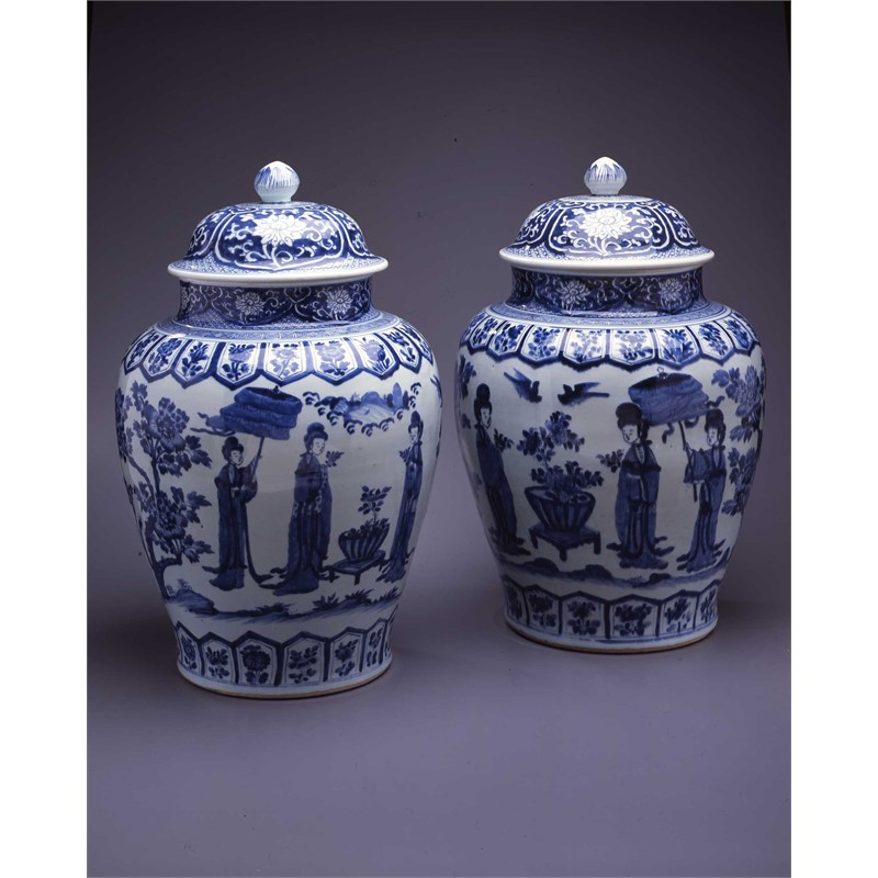 PAIR OF LARGE BLUE & WHITE JARS WITH COVERS , Chinese, Kangxi Period (1662-1722)